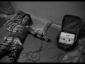 Ilmaa : 6 ans, hémiplégie spasmodique (coté gauche), affectée par le gaz, n'habite pas en  zone contaminée.