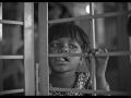 Minakshi : 7 ans, retard de croissance, affectée par l'eau, habite en zone contaminée.